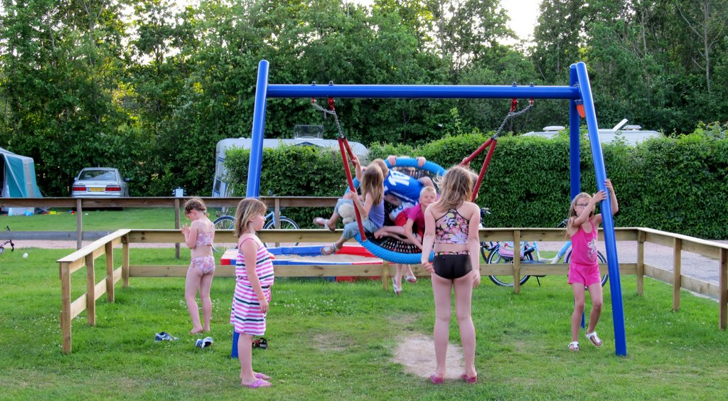speeltoestellen camping rotandorp drenthe friesland